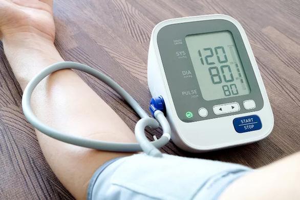 Hạ huyết áp thấp hơn giúp sống lâu hơn - Ảnh 1.