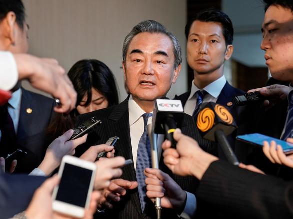 Ngoại trưởng Trung Quốc: Dù bầu bán ra sao, Hong Kong luôn thuộc Trung Quốc - Ảnh 1.