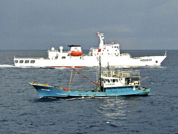 Cựu thẩm phán Philippines: Trung Quốc hưởng lợi lớn nhất từ phán quyết Biển Đông - Ảnh 1.