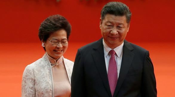 Trung tâm chỉ huy tiền tuyến của Trung Quốc sát sườn Hong Kong hoạt động như thế nào? - Ảnh 1.