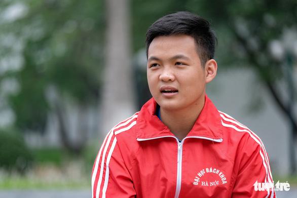 Siêu trí tuệ Hà Việt Hoàng: Mạo hiểm một lần chứ không sống vùng an toàn - Ảnh 2.