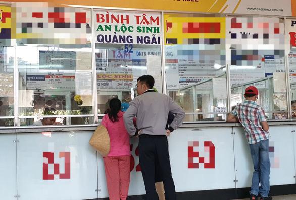 Nhiều hãng xe Bến xe Miền Đông mở bán vé Tết Canh Tý 2020 - Ảnh 1.