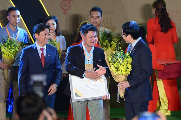 Báo Tuổi Trẻ đạt giải nhất giải báo chí viết về doanh nghiệp phát triển bền vững - Ảnh 1.
