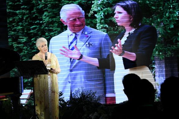 Nữ nam tước nhà Rothschild hát opera 'Không còn mùa thu tại TP.HCM - Ảnh 5.