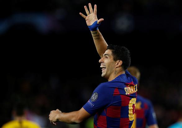 Messi ghi bàn và kiến tạo đẳng cấp, Barca hạ Dortmund đoạt vé đi tiếp - Ảnh 1.