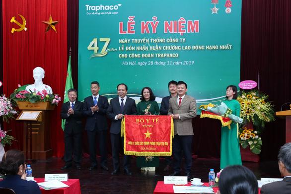 Traphaco nhận Huân chương Lao động hạng nhất và giải thưởng Doanh nghiệp bền vững - Ảnh 2.
