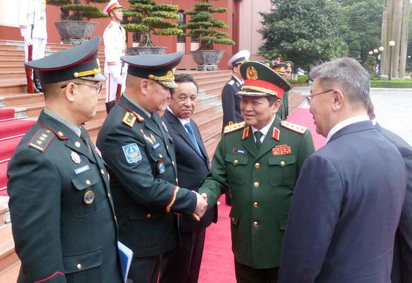 Việt Nam - Mông Cổ ký thỏa thuận hợp tác về quốc phòng - Ảnh 4.