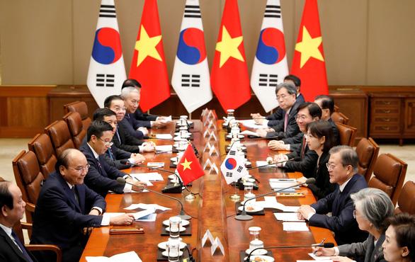 Tổng thống Hàn Quốc nhờ Việt Nam thúc đẩy hòa bình trên bán đảo Triều Tiên - Ảnh 2.