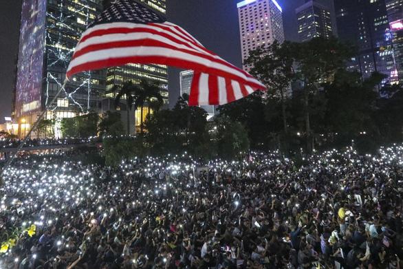 Đạo luật Dân chủ và Nhân quyền Hong Kong có gì và tác động ra sao? - Ảnh 1.