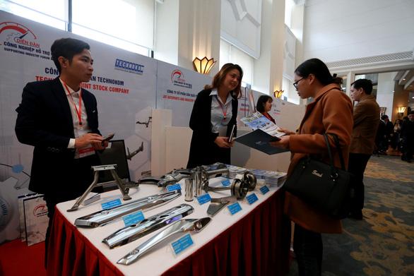 Doanh nghiệp trưng hàng tại diễn đàn công nghiệp hỗ trợ năm 2019 - Ảnh 7.