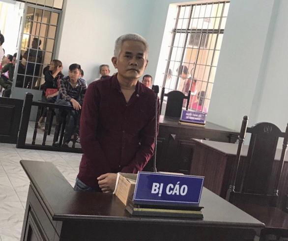 Vào tù vì móc túi khách đi xe buýt ở Suối Tiên - Ảnh 1.