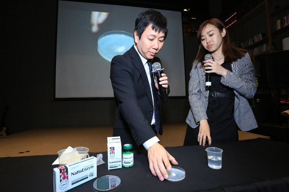 Chuyên gia Nhật thực nghiệm công dụng phòng đột quỵ của nattokinase - Ảnh 1.