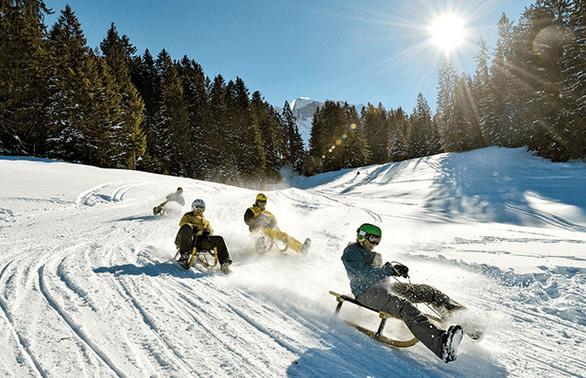 Thụy Sĩ, Ý: Lễ hội hóa trang, trượt tuyết từ 17.290.000 đồng - Ảnh 3.