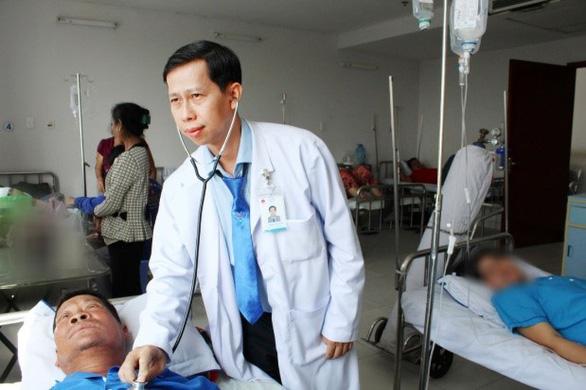 Phẫu thuật nội soi ở bệnh nhân nhiều bệnh lý đi kèm - Ảnh 1.