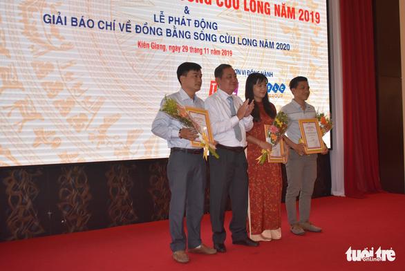 Báo Tuổi Trẻ đoạt giải ba báo chí về ĐBSCL năm 2019 - Ảnh 2.