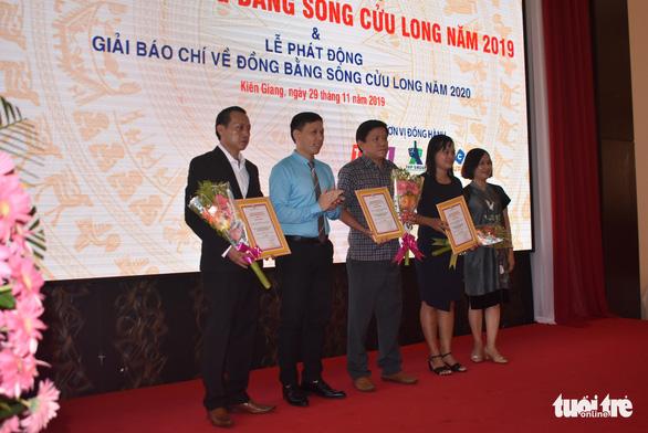 Báo Tuổi Trẻ đoạt giải ba báo chí về ĐBSCL năm 2019 - Ảnh 1.