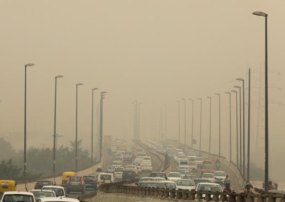 20 triệu dân New Delhi lại nghẹt thở với bụi mịn - Ảnh 2.