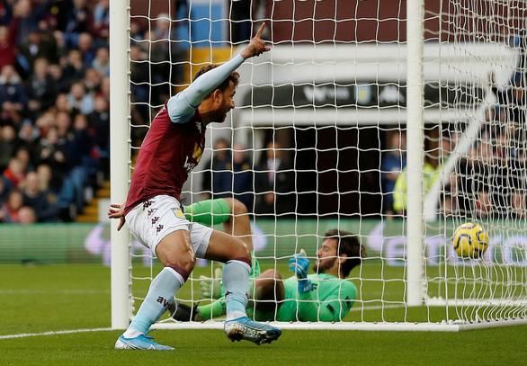 Mane rực sáng phút cuối, Liverpool thắng ngược nghẹt thở Aston Villa - Ảnh 1.