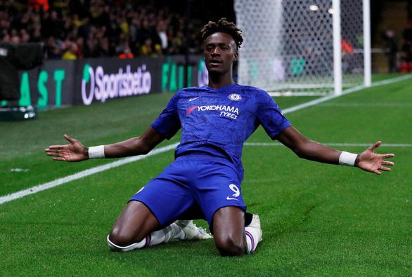 Thắng trận thứ 5 liên tiếp, Chelsea trở lại cuộc đua vô địch - Ảnh 1.