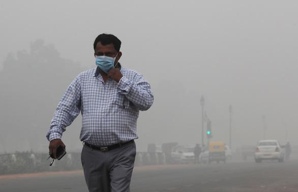 20 triệu dân New Delhi lại nghẹt thở với bụi mịn - Ảnh 1.