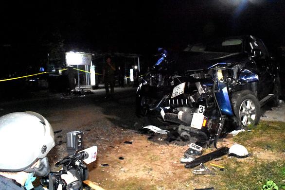 Tài xế xe bán tải nghi có bia rượu gây tai nạn thảm khốc, 4 người chết, 3 nguy kịch - Ảnh 4.