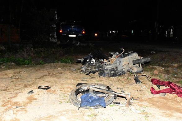 Tài xế xe bán tải nghi có bia rượu gây tai nạn thảm khốc, 4 người chết, 3 nguy kịch - Ảnh 5.
