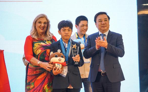 Việt Nam giành 15 HCV tại kỳ thi Olympic toán học và khoa học quốc tế 2019 - Ảnh 1.