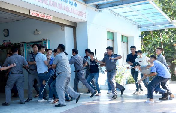15 phút hóa giải 2 nhóm giang hồ truy sát nhau trong Bệnh viện Gia Định - Ảnh 5.