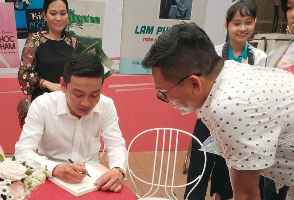 Ít có người đàn ông nào chuẩn men như Lam Phương - Ảnh 4.