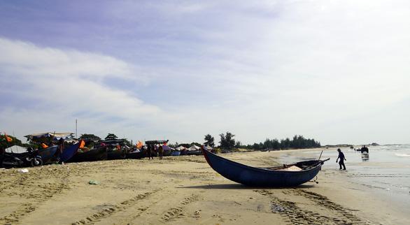 Bà Rịa - Vũng Tàu thu hồi đất dự án, trả lại bãi biển cho ngư dân và cộng đồng - Ảnh 5.