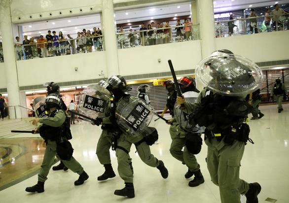 Báo Trung Quốc đua nhau đòi trừng trị người biểu tình Hong Kong - Ảnh 2.
