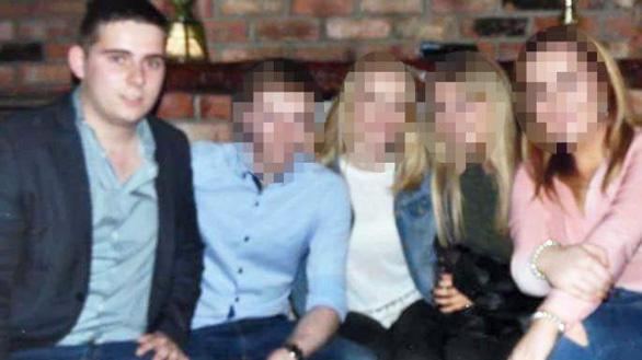 Bọn tội phạm dọa giết tài xế lẫn gia đình vụ 39 thi thể ở Anh - Ảnh 1.