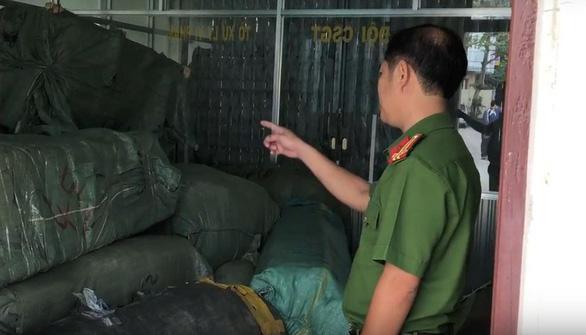 Tạm giữ để xác minh gần 8 tấn hàng Trung Quốc - Ảnh 1.