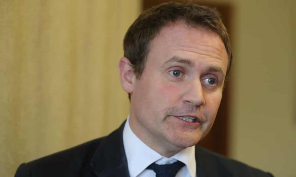 Nghị sĩ Anh: Đóng kín biên giới, di dân càng rơi vào tay bọn tội phạm - Ảnh 2.
