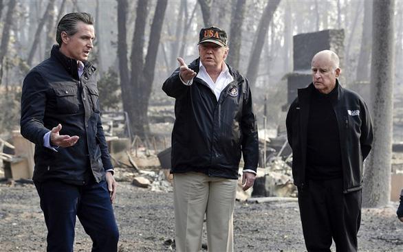Ông Trump: Đừng có mà nghe mấy ông kẹ môi trường nói gì - Ảnh 1.