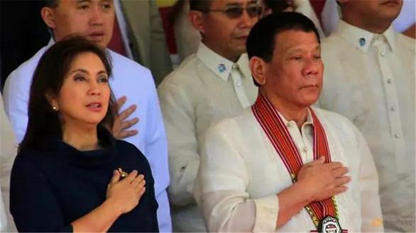 Vì sao ông Duterte chọn kẻ thù dẫn đầu cuộc chiến ma túy? - Ảnh 1.