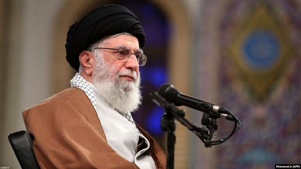Mỹ trừng phạt 9 cá nhân liên quan đại giáo chủ Iran - Ảnh 1.