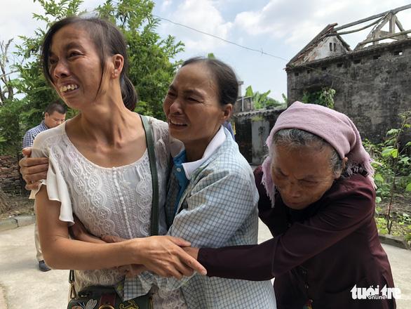 Được về ôm mẹ sau 21 năm bị bán đi xứ người - Ảnh 4.