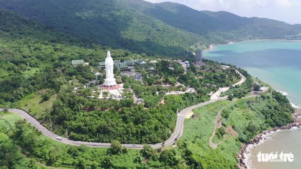 Đà Nẵng thí điểm quản lý tham quan bán đảo Sơn Trà bằng thẻ màu - Ảnh 1.
