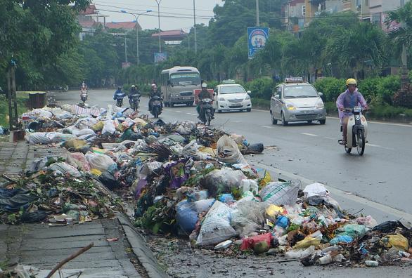 Các cơ quan Hà Nội không sử dụng đồ nhựa dùng một lần từ tháng 11-2019 - Ảnh 1.