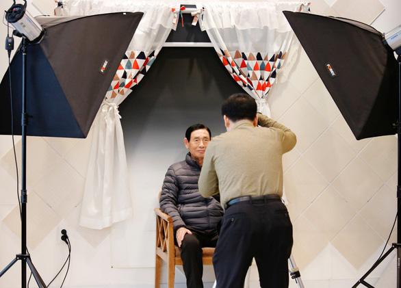 Người Hàn Quốc làm tang lễ giả để sống tốt hơn - Ảnh 2.