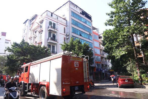 Cháy chung cư mini trên phố Trung Kính - Ảnh 3.