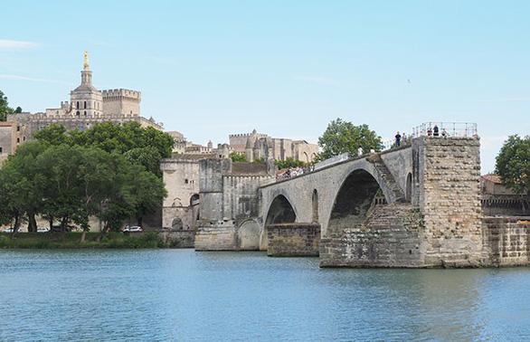 Tết 2020: Tour Thụy Sĩ, Pháp, Tây Ban Nha, Bồ Đào Nha - Ảnh 2.