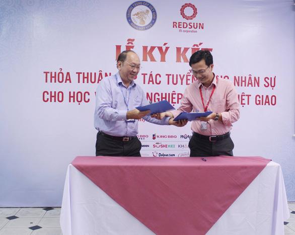 Trung cấp Việt Giao tuyển sinh đảm bảo việc làm các ngành khát nhân lực - Ảnh 3.