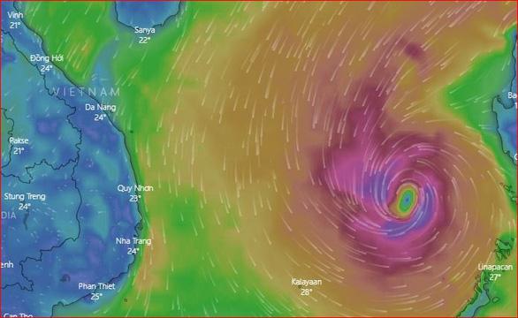 Bão số 6 đang tiến vào Nam Trung Bộ, một bão khác lăm le xuất hiện - Ảnh 1.