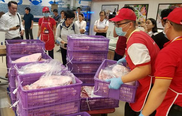 Saigon Co.op giảm giá 50% hơn 10 ngàn sản phẩm Tết  - Ảnh 1.