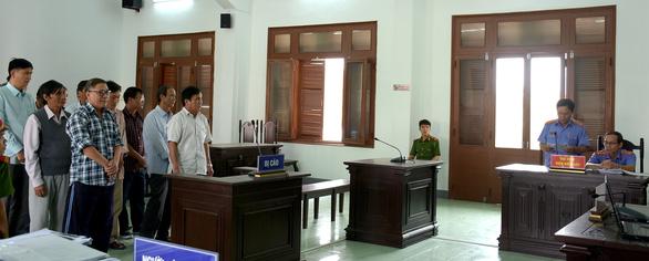 Cựu chủ tịch huyện cố ý làm trái bị đề nghị phạt 12-13 năm tù - Ảnh 4.