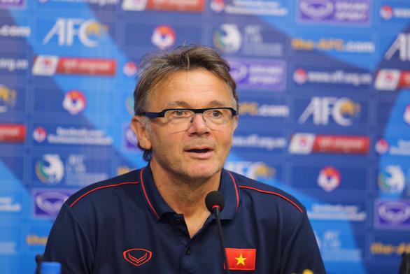 HLV Troussier: U19 Việt Nam sẽ đá khác trước U19 Nhật Bản - Ảnh 1.