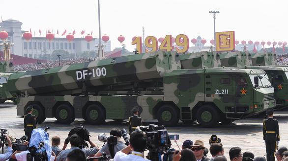 Quan chức Bắc Kinh: Mỹ đừng tính chuyện đưa tên lửa lại gần Trung Quốc - Ảnh 2.