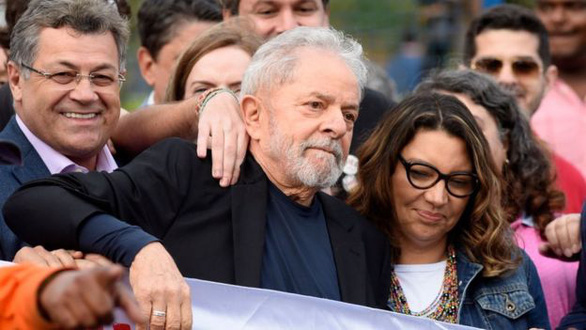 Cựu tổng thống Brazil Lula được trả tự do - Ảnh 1.